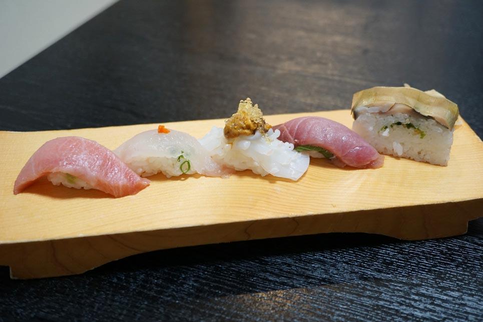 博多割烹 州二郎 季節の旬にぎり寿司5貫セット